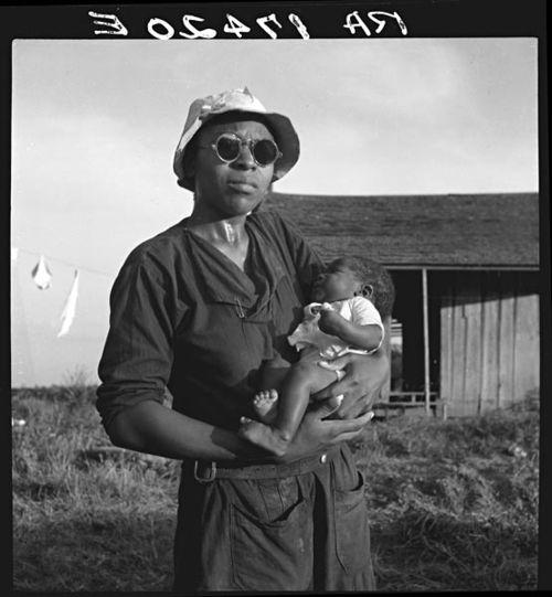 Lange Black Mother Mississippi