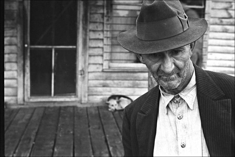 Ben Shahn 1935 One of few remaining inhabitants of Zinc, Arkansas.