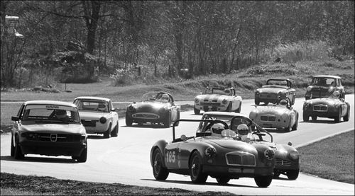 01 Summit Point Vingage Racing Groups 01