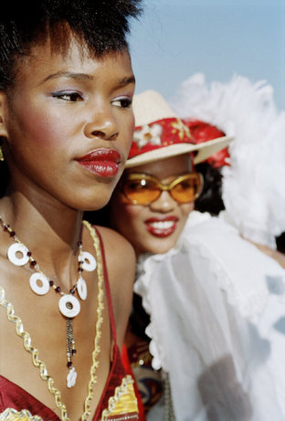 DURBAN, South Africa July races, 2005. Martin Parr Magnum