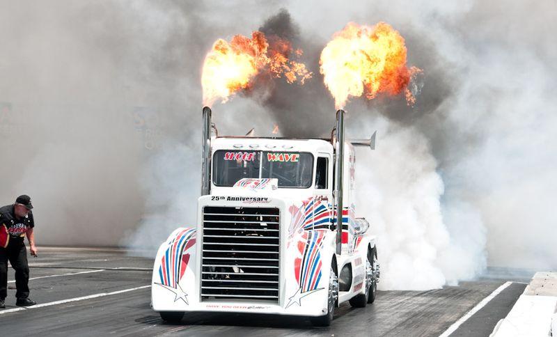 Shock Wave Jet Truck Rockingham 8782