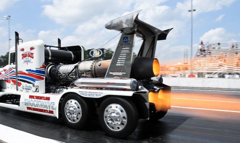 Shock Wave Jet Truck Rockingham 8821
