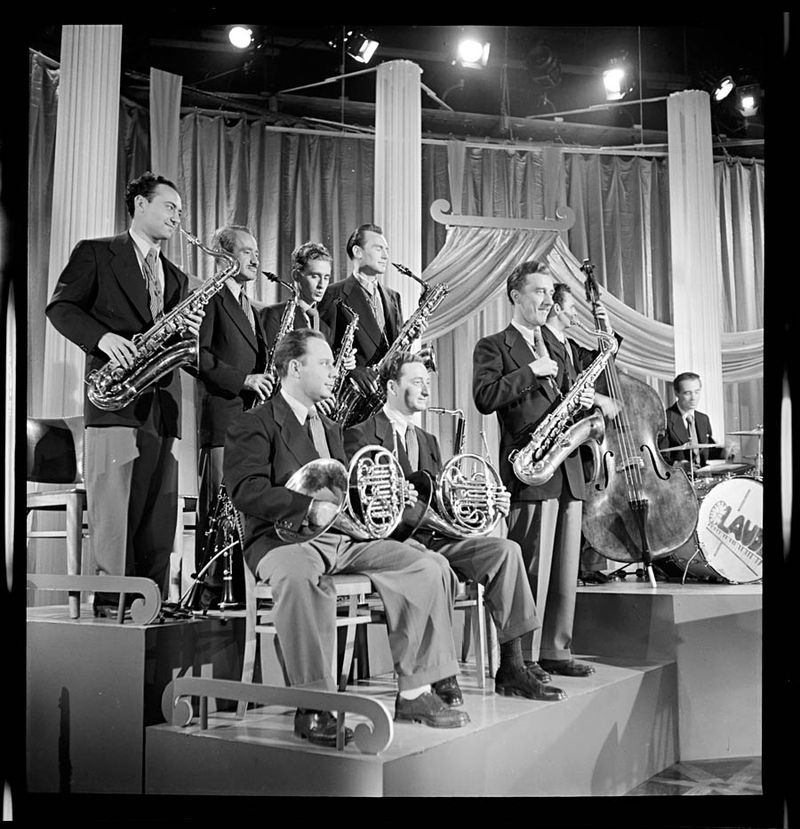 William Gottlieb Sandy Siegelstien Willie Wechsler Micky Folus Joe Shulman Billy Exiner Mario Rullo Danny Polo Lee Konitz Bill Bushing Columbia Pictures Beautiful Doll New York NY ca.Sep 1947 Bt