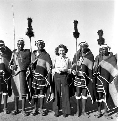 Constance Stuart Larrabee Constance Stuart with Ndebele Men 1936 49 eepa_1998_060866