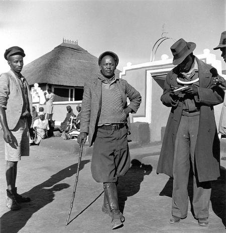 Constance Stuart Larrabee Ndebele Men 1936 1949 eepa_1998_060843