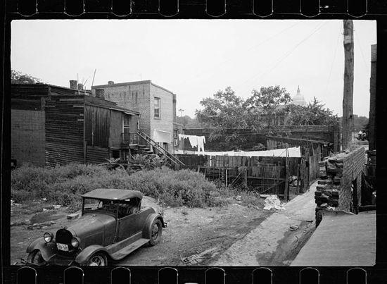Carl Mydans no caption Washington DC 1935 02