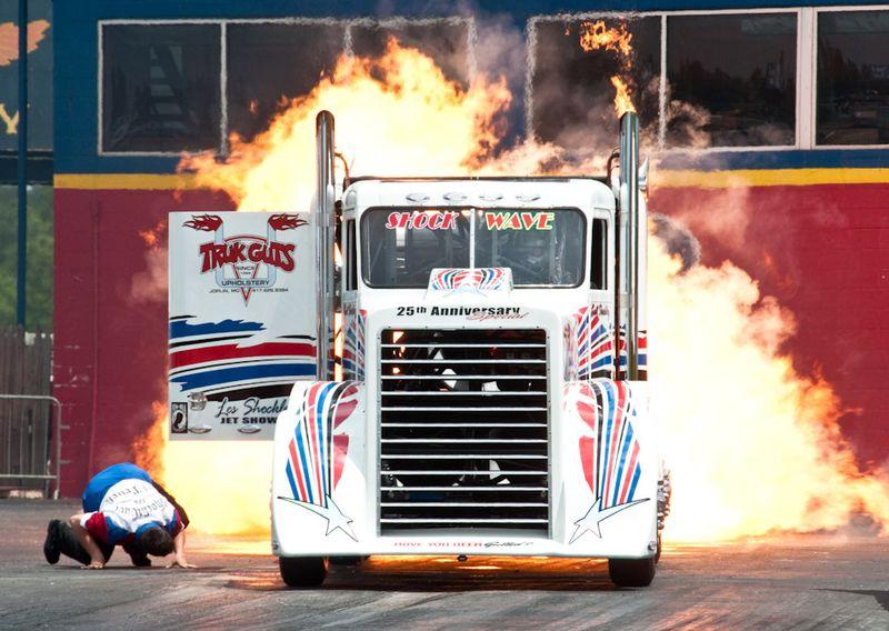 Shock Wave Jet Truck Rockingham 8723