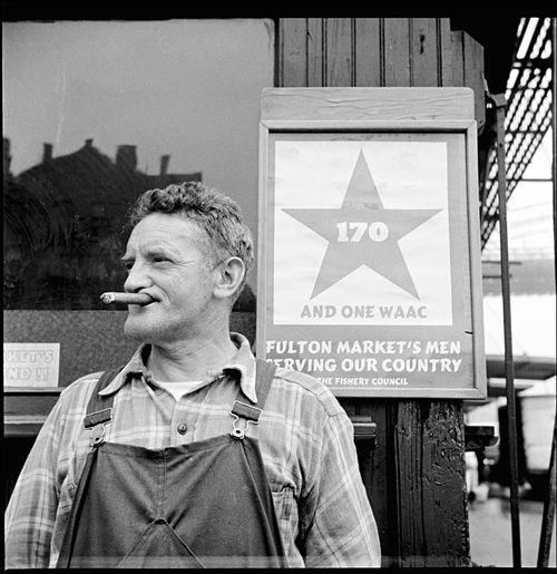 Gordon Parks Fulton fish market hooker 1943 02