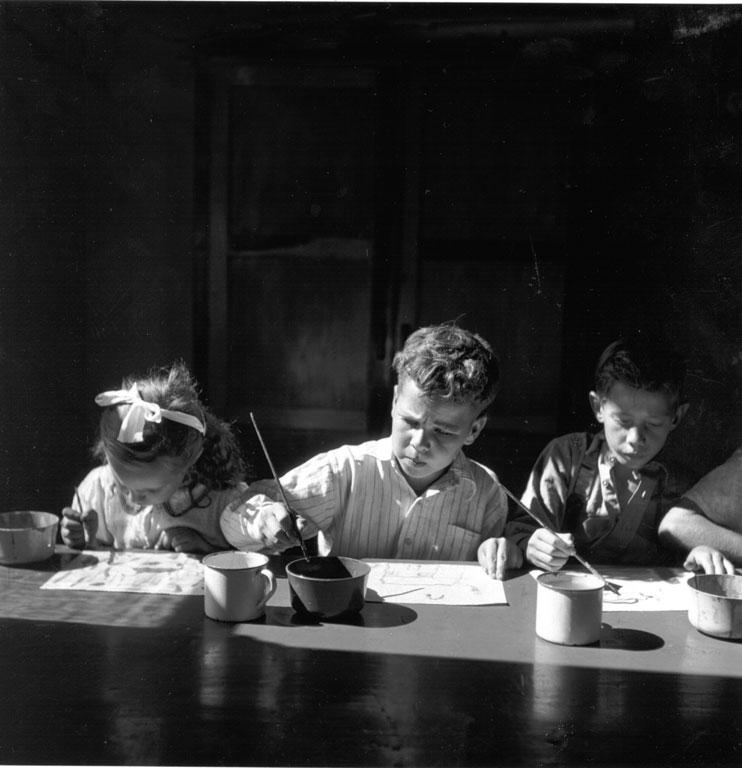 Constance Stuart Larrabee Children painting at play center 1947 48 eepa_1998_062013