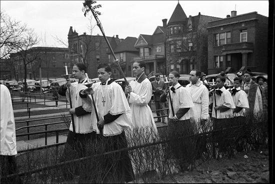 Russell Lee Part of the processional of an Episcopal Church South Side of Chicago Illinois 1941 02