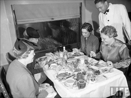Margaret Bourke White FDR Thanksgiving Story 1938 02