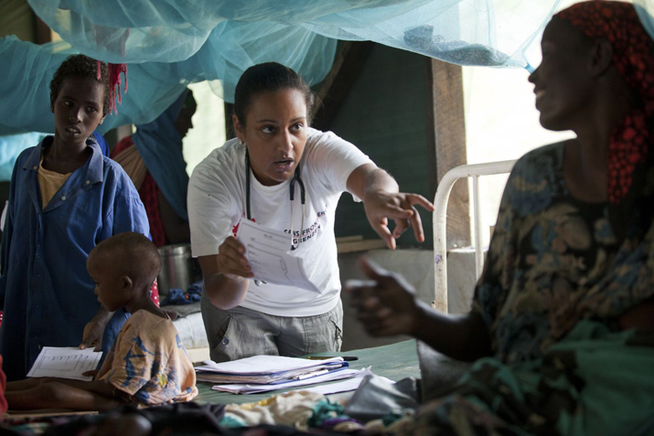 Brendan Bannon Dr Luana Lima works with patients at the MSF hospital in Dagahaley