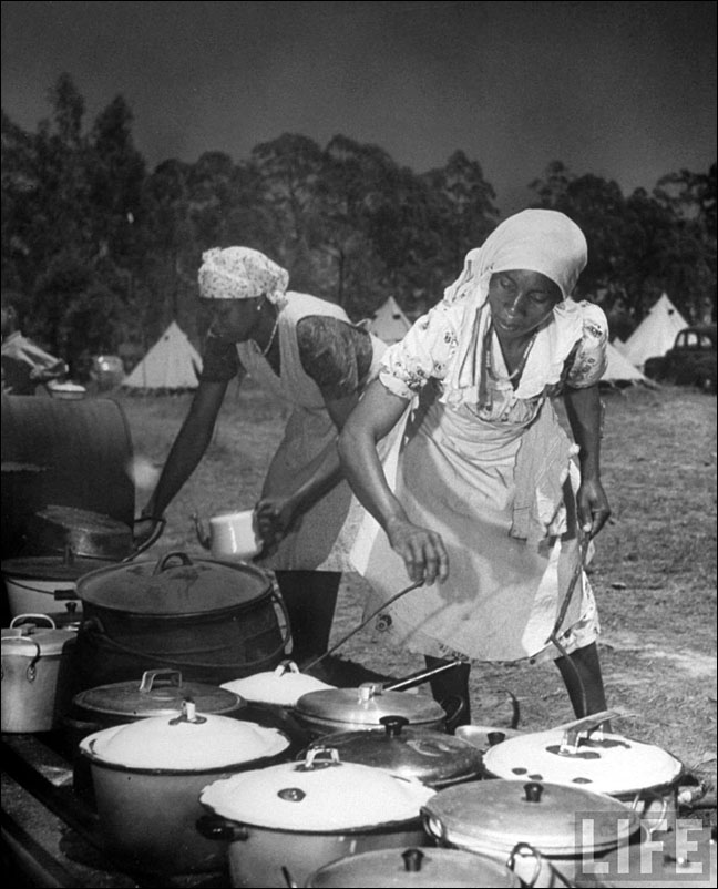 07 Margaret Bourke White Bantu Women Cook