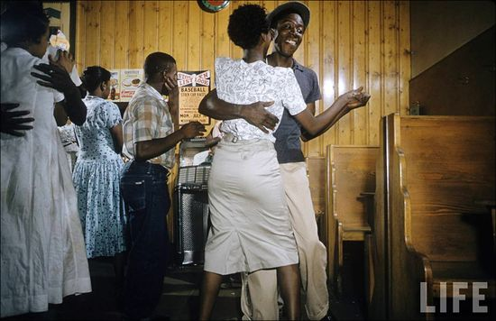 Margaret Bourke-White Greenville South Carolina Harlem Club alt 1956 sml
