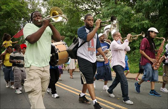 Mason Rebirth Brass Band 2012-1000156