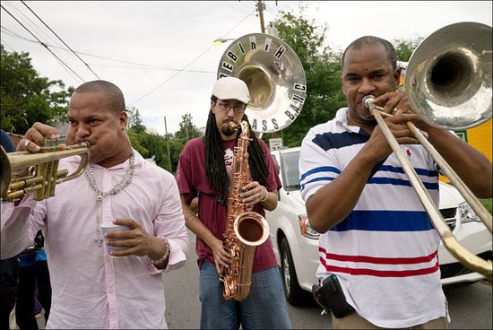 Mason Rebirth Brass Band 2012-1000138
