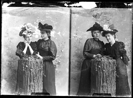 CM Bell Unidentified Group Female Couple Different Pose